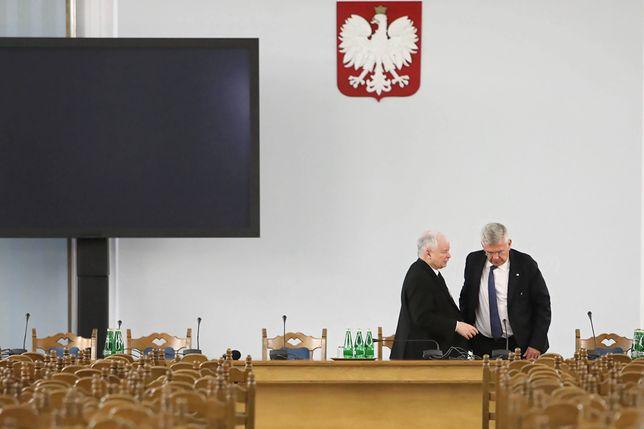 Stanisław Karczewski zrezygnował z funkcji. Doniesienia o kulisach przeczące wersji polityka