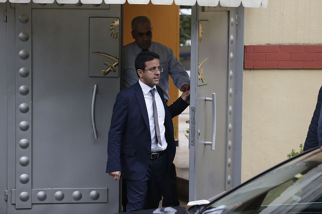 Brama do konsulatu Arabii Saudyjskiej w Ankarze, za którą zaginął dziennikarz