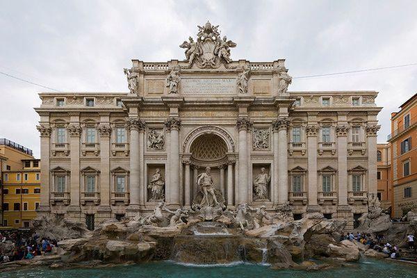 Podniesiono kary za kąpiele w rzymskich fontannach