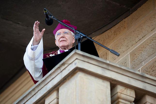 """Wielki Piątek 2019. Abp Marek Jędraszewski podczas kazania mówił o """"lewackim hejcie"""""""