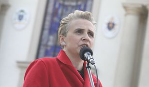 Mocny wpis Strajku Kobiet. Joanna Scheuring-Wielgus założyła wymowną koszulkę
