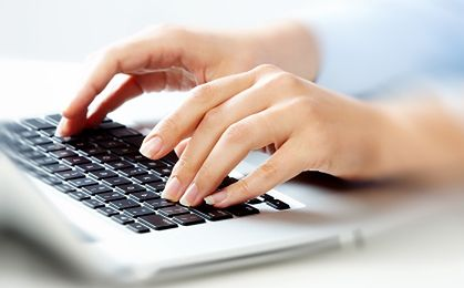 Play uczy klientów, jak rozpoznawać fałszywe e-faktury. E-mailem