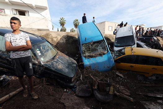 Przez powódź nieprzejezdne są drogi m.in. w Tunisie, stolicy Tunezji.