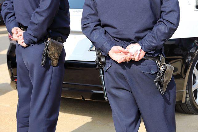 Policja przyłapała małżeństwo na nieprzestrzeganiu godziny policyjnej