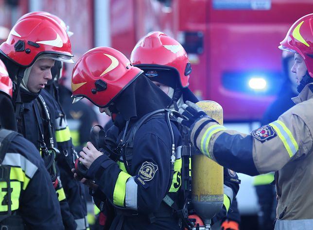 Szczyrk. Strażacy przeszukują gruzowisko po wybuchu gazu