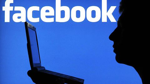 Facebook z przyciskami udostępniania innych serwisów. Ta zmiana mówi wiele