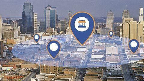 """Myśl lokalnie, zarabiaj globalnie. Reklamy na Facebooku bardziej """"precyzyjne"""""""