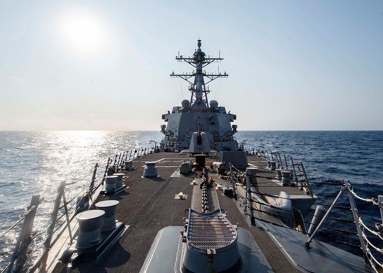 Amerykański niszczyciel USS McCampbell przepłynął Cieśninę Tajwańską