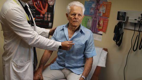750 tys. rozruszników serca podatnych na atak. Mają je także polscy pacjenci