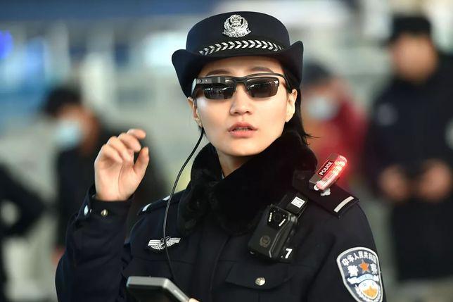 Okulary rozpoznają twarze podejrzanych