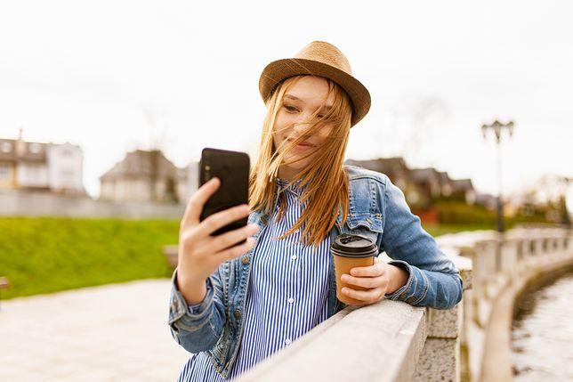 TikTok stawia na biznes. Nastolatki zobaczą nowe reklamy