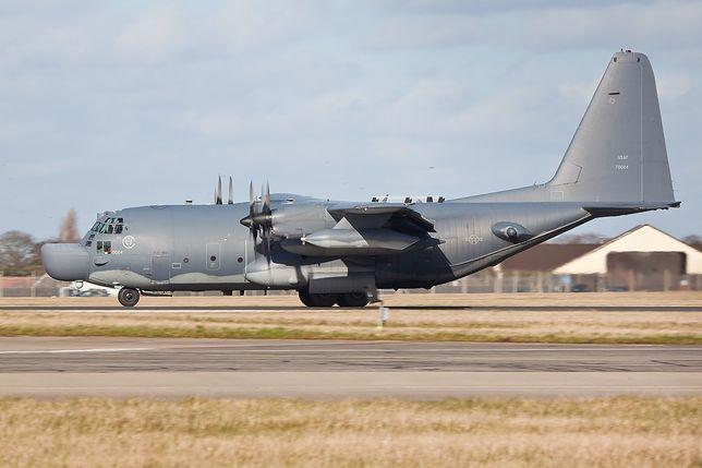 Samolot MC-130