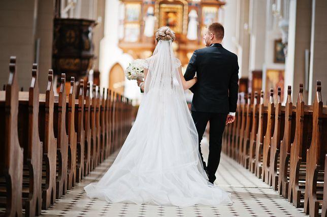 Panna młoda nie zaprosiła koleżanki na ślub. Bała się, że skupi na sobie całą uwagę otoczenia