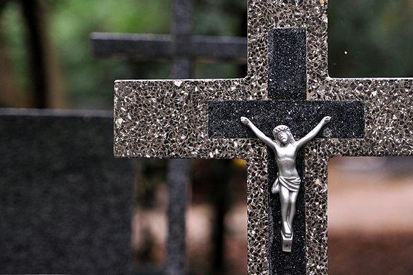 Trójmiasto podczas Wszystkich Świętych - sprawdź organizację ruchu przy cmentarzach