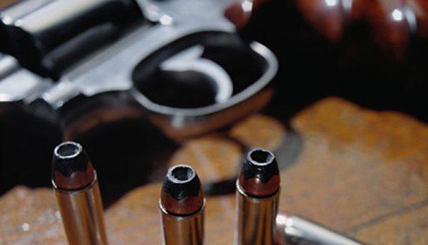 13-latek przyniósł broń do szkoły