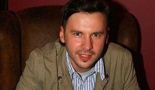 Marcin Rozynek znów pojawił się na scenie. Zaśpiewał w Opolu