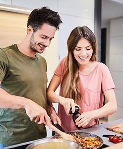 Kochasz gotować? Poznaj inspirujące gadżety, które możesz wykorzystać w kuchni