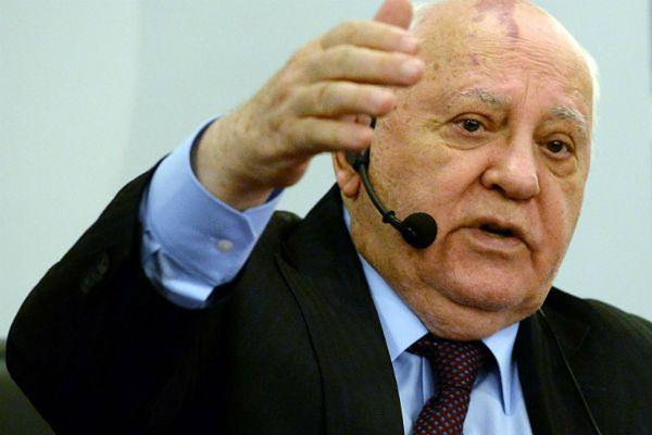 Michaił Gorbaczow oskarża USA o wciągnięcie Rosji w konfrontację