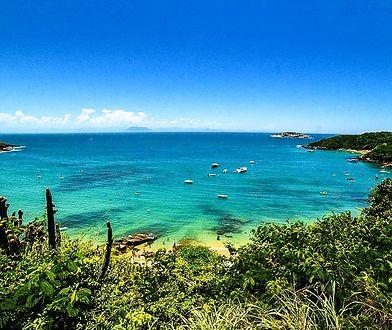 Jedna z 20 plaż w okolicach kurortu Buzios w Brazylii
