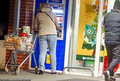 Zakupy na ostatnią chwilę. Godziny otwarcia sklepów w okresie świątecznym
