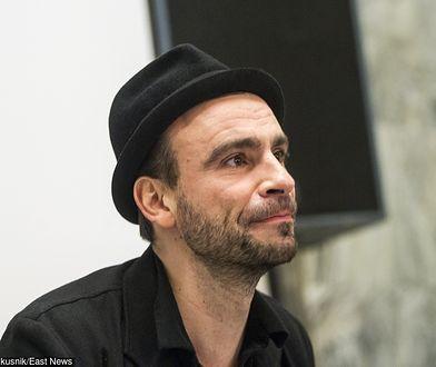 Bartosz Waglewski przyznał, że omija kościoły