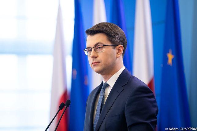 Koronawirus w Polsce. Rzecznik rządu komentuje umorzenie śledztwa ws. wyborów