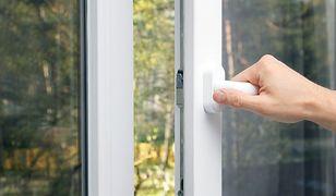 Moskitiera na okno i drzwi - najskuteczniejsza ochrona przed komarami