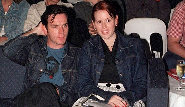 SYDNEY, AUSTRALIA - FEBRUARY 2000: Ewan McGregor and Molly Ringwald pictured during Tropfest 2000 in February 200, in Sydney, Australia. (Photo by Patrick Riviere/Getty Images) *** Local Caption *** Ewan McGregor;Molly Ringwald