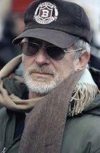 Steven Spielberg i Tom Hanks powalczą o widzów z Guillermo del Toro i Tomem Hiddlestonem
