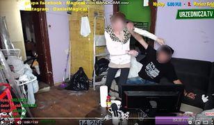 Policja zbagatelizowała przemoc w programie znanych patostreamerów z Torunia.