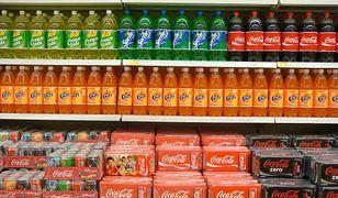 Podatek cukrowy. Coca-cola i inne słodkie napoje coraz droższe. Sprawdź, o ile podrożały