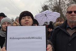 Protest mieszkańców pod siedzibą PiS. Zapowiadają blokadę