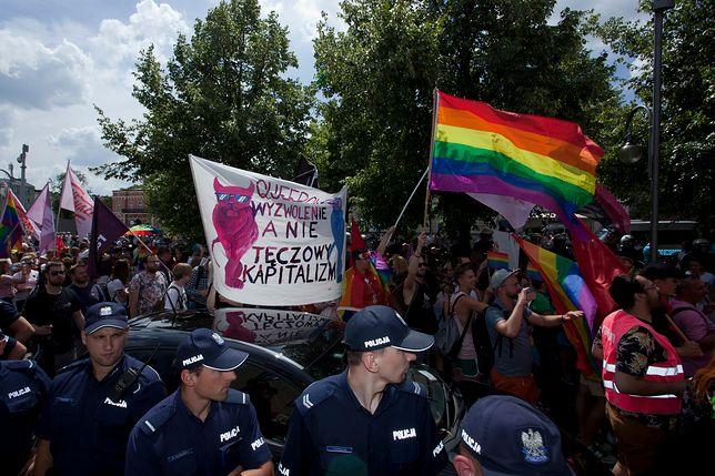 Wszczęto śledztwo po Marszu Równości w Częstochowie. Uczestnicy mieli tęczowe godło