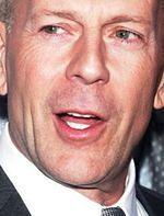 ''Five Against the Bullet'': Bruce Willis chroni polityka