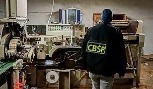 Akcja CBŚP. Zlikwidowano nielegalną fabrykę papierosów