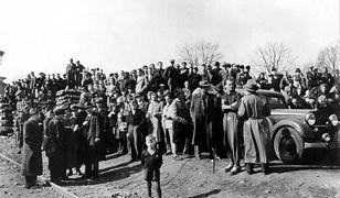 Niemcy wysiedleni z Czechosłowacji po przyjeździe na teren Niemiec w 1946 r.