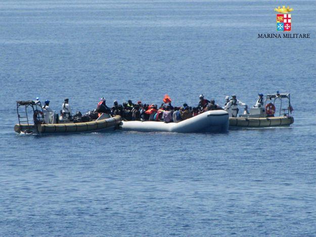 Prezes PLO: ratowanie uchodźców to wyzwanie dla całej załogi statku