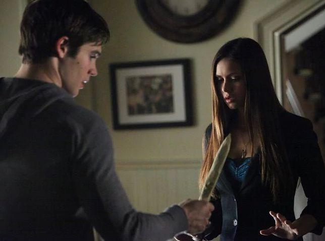 Pamiętniki wampirów sezon 4, odcinek 11: Złap mnie, jeśli potrafisz (Catch Me If You Can)