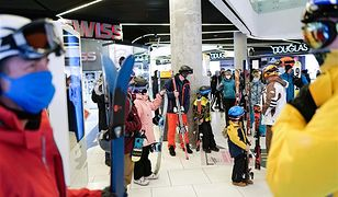 Protest narciarzy. Odwiedzili galerie handlowe. Żądają otwarcia stoków