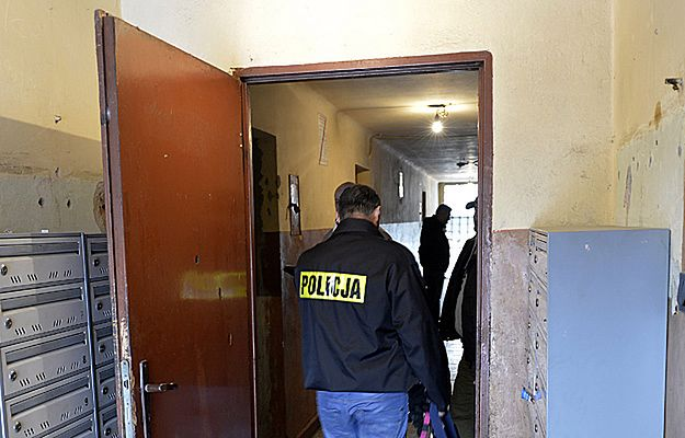 Szukali w mieszkaniu narkotyków, znaleźli ciało 7-miesięcznego dziecka. Są wyniki sekcji