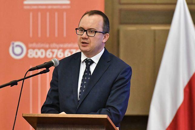 """Rzecznik Praw Obywatelskich odpowiada żonie Zybertowicza. """"Podzielam Pani niepokój"""""""