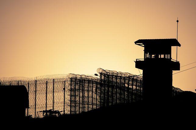Z powodu koronawirusa 5 tysięcy francuskich więźniów może wyjść wcześniej na wolność