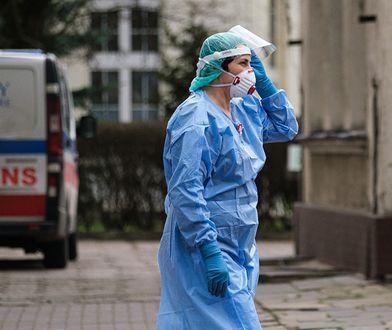 Przyłbice medyczne to ważny produkt dla szpitali walczących z koronawirusem.