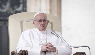 Papież Franciszek zmienia decyzję Jana Pawła II