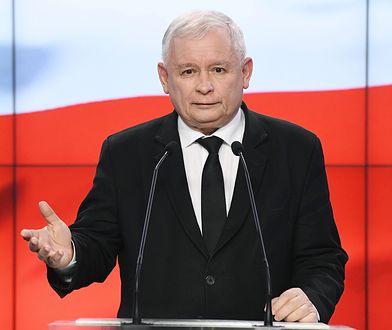 """Jarosław Kaczyński powiedział, iż """"projekty powinny być zgłoszone szybciej niż później""""."""