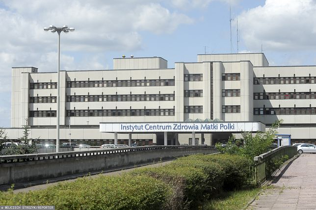 Rodzice sprzeciwiają się zakazowi odwiedzin w ICZMP w Łodzi