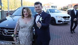 Zenon Martyniuk z żoną na ślubie syna