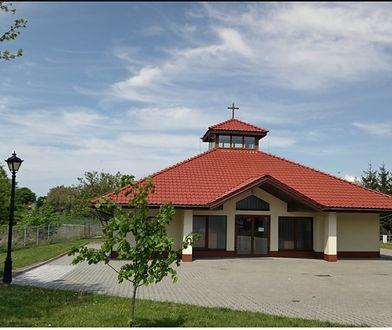 Kaplica cmentarna w Brzezinach