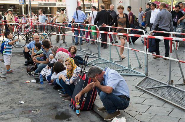ONZ: Europa stoi w obliczu największego od dziesięcioleci kryzysu uchodźców