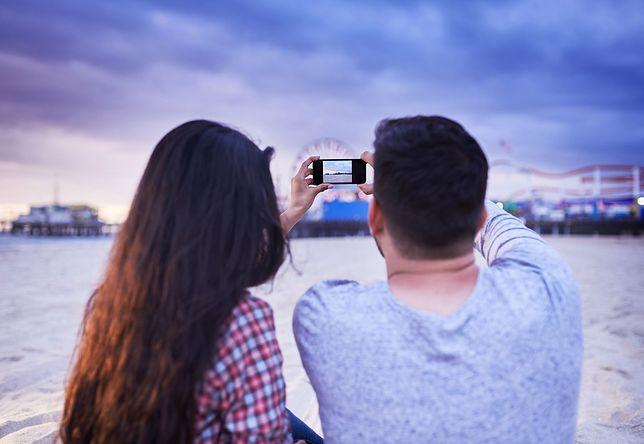 Miłość w mediach społecznościowych, czyli emocjonalny ekshibicjonizm